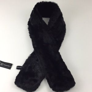 NWT INC International Concepts Faux Fur Sc…